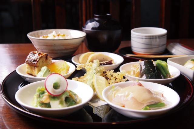 「オサカナスキヤネ」理想の食事でお肌ツルツル&痩せる!